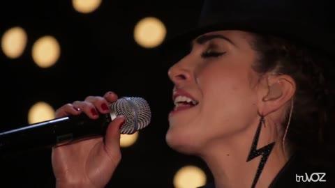 Yo No Lloro Por Llorar -Ana Victoria- Color Amor - Ana Victoria