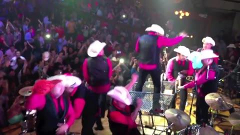 Harlem Shake - [Mexican Style] - Montez De Durango