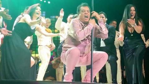 Juan Gabriel canta Porque Me Haces Llorar en el Auditorio Nacional - Diego Verdaguer