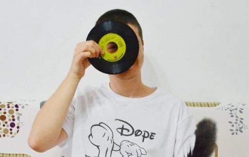 Чуй априлската селекция на DJ DELightfull за ЦХЗУ
