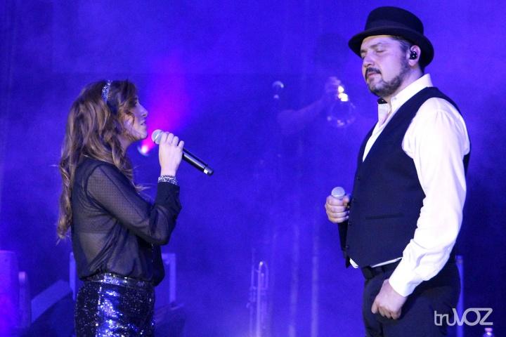 Reyli y Ana Victoria en Anaheim